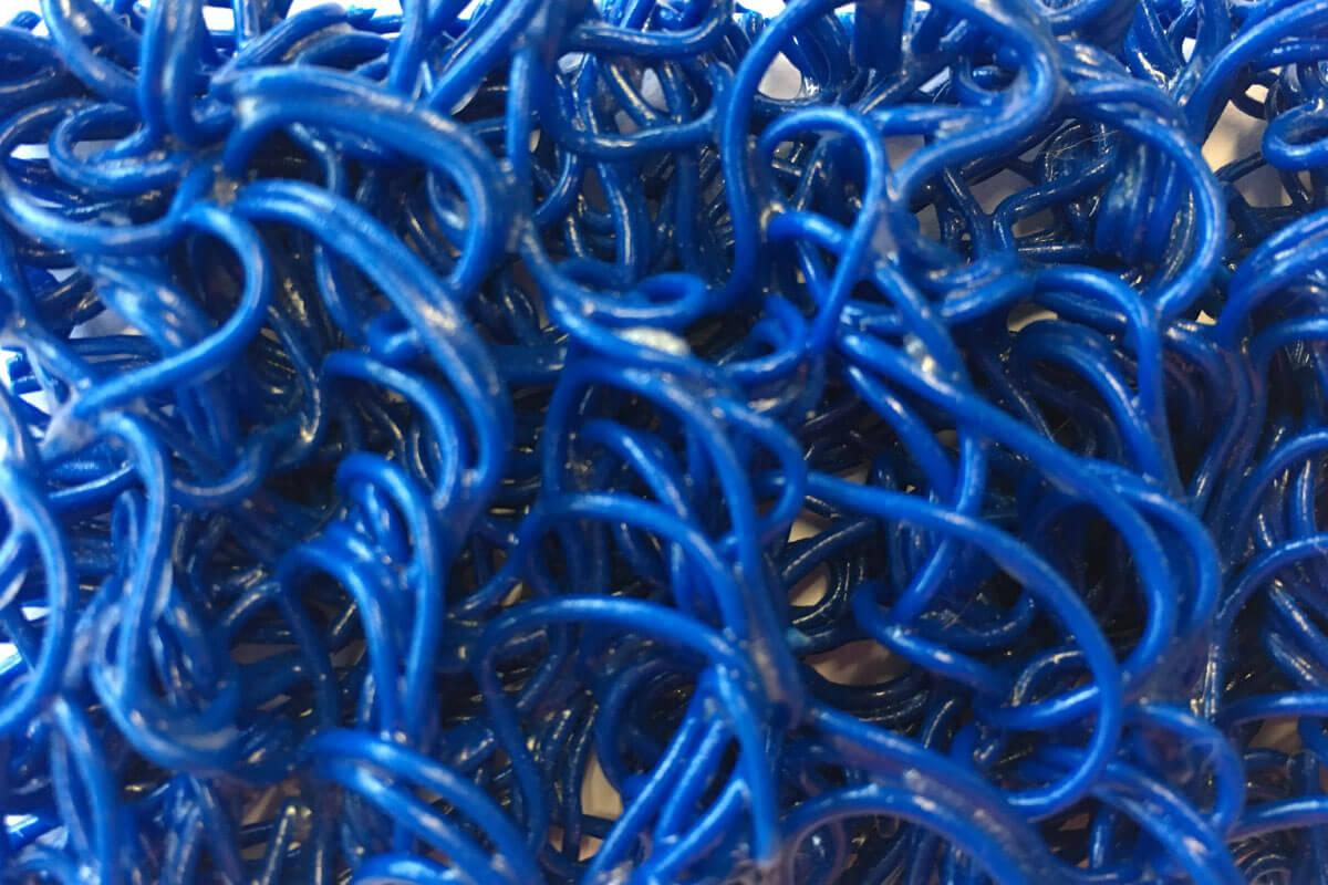 Felpudo Rizos de Vinilo Fideos de 14 mm de altura Azul en DecoStands