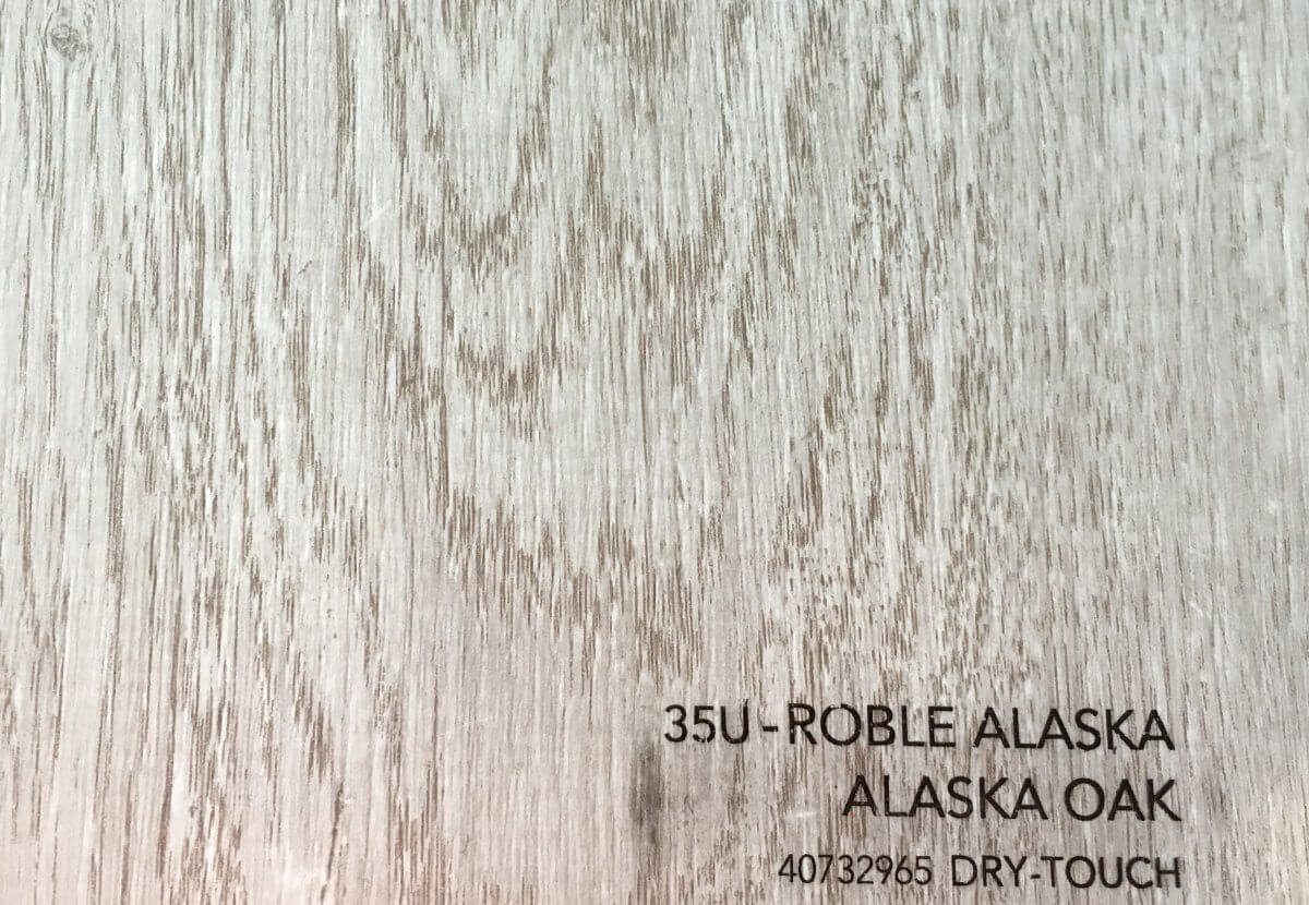 Parquet AC-4 Roble Alaska en DecoStands
