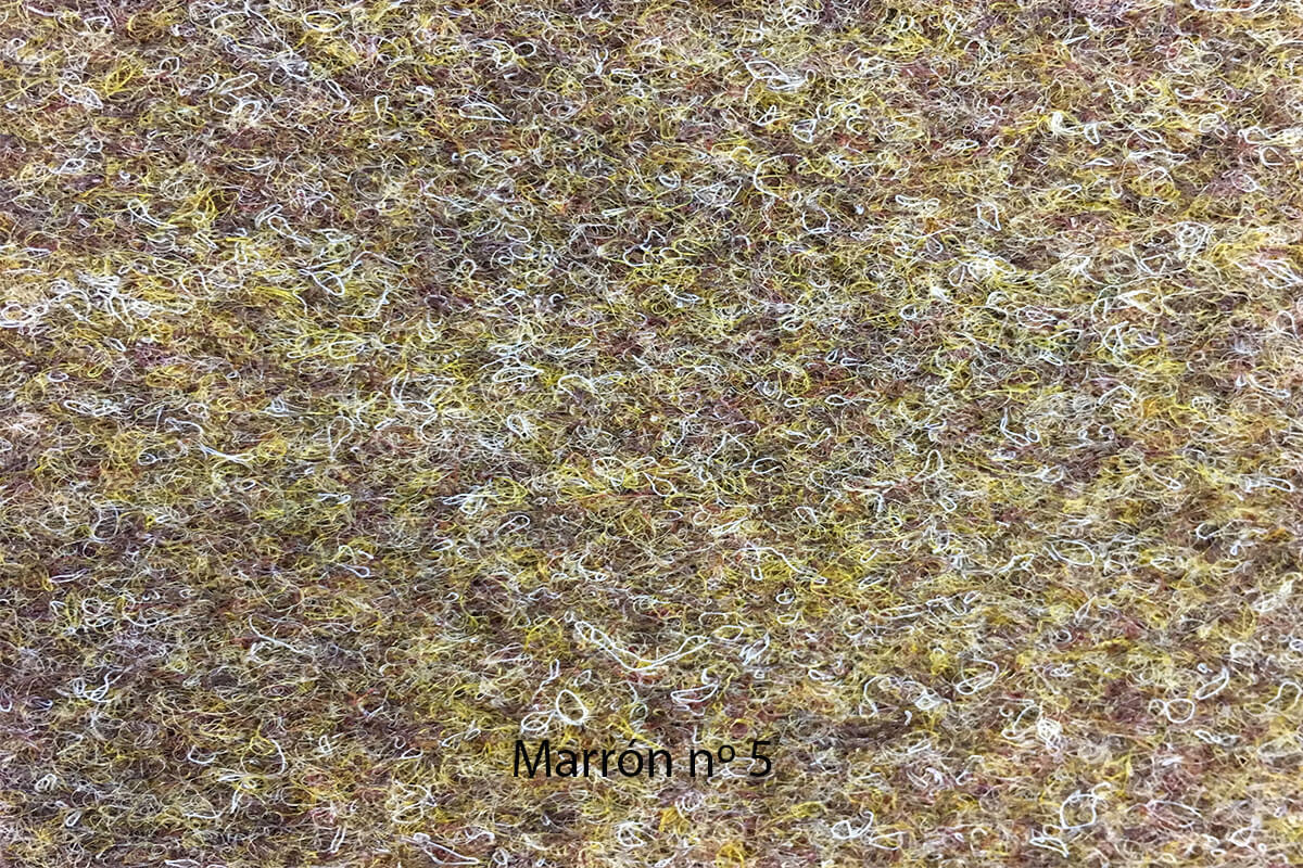Moqueta Oro color marrón en DecoStands