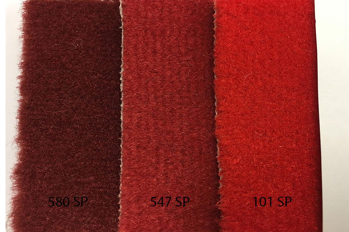 Alfombra Speed en tonalidades rojas en DecoStands